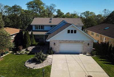 16963 Forest Avenue Oak Forest IL 60452