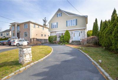 155 Combs Avenue Woodmere NY 11598