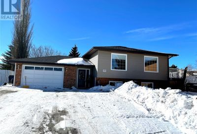372 Buffalo PL Swift Current SK S9H4X2