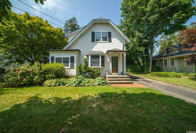 431 Pine Acres Boulevard Brightwaters NY 11718