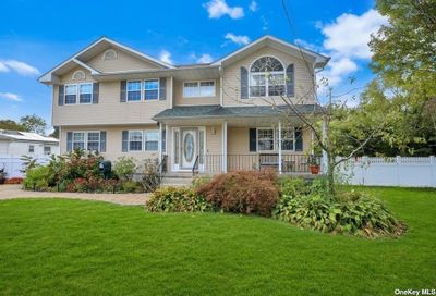 306 Crooked Hill Road Brentwood NY 11717