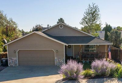 2116 SW 35th Place Redmond OR 97756