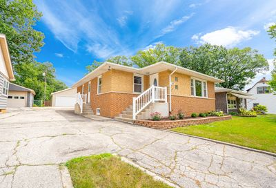 610 Maple Avenue Willow Springs IL 60480