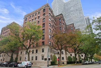 2600 N Lakeview Avenue Chicago IL 60614