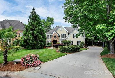 15623 Frohock Place Charlotte NC 28277