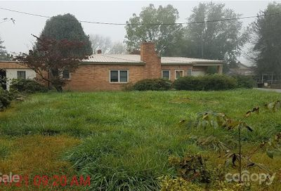 2934 Broad Street Clyde NC 28721