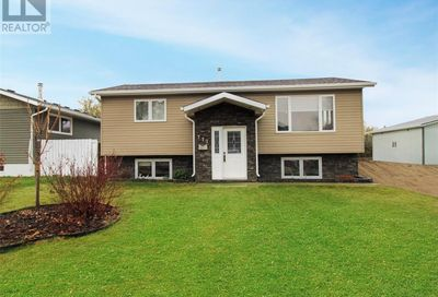 772 5th AVE SW Swift Current SK S9H4B5