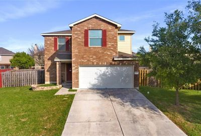 208 Wells Bend Hutto TX 78634