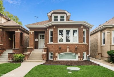 3023 N Lowell Avenue Chicago IL 60641