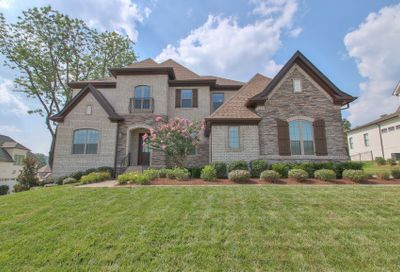 1941 Parade Dr Brentwood TN 37027