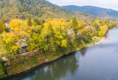 4766 Rogue River Highway Gold Hill OR 97525