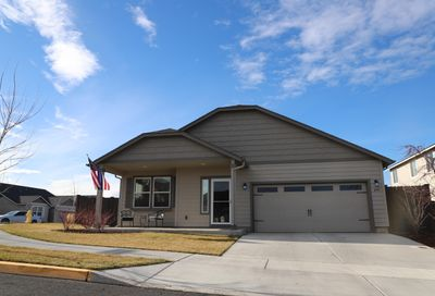 855 NW 24th Way Redmond OR 97756