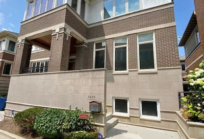 1328 S Plymouth Court Chicago IL 60605