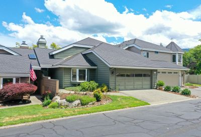 115 Gold River Lane Grants Pass OR 97527