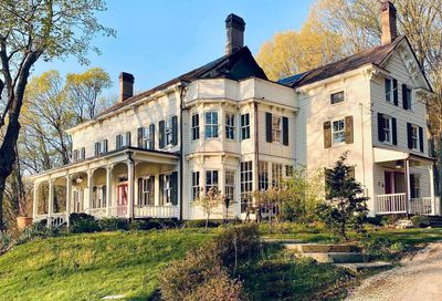 215 Harbor Road Cold Spring Hrbr NY 11724