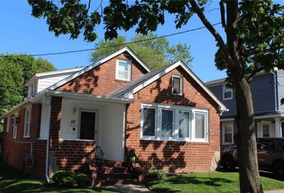 42 West Avenue Malverne NY 11565