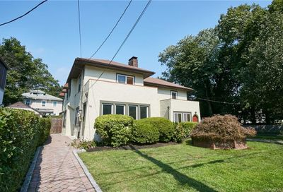 38 Chester Place New Rochelle NY 10801