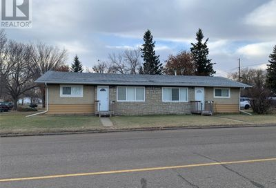 1761 104th ST North Battleford SK S9A1P8