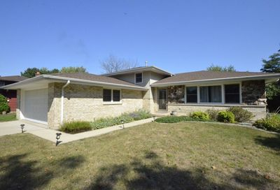 3841 N Galesburg Court Arlington Heights IL 60004