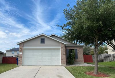 206 Wells Bend Hutto TX 78634