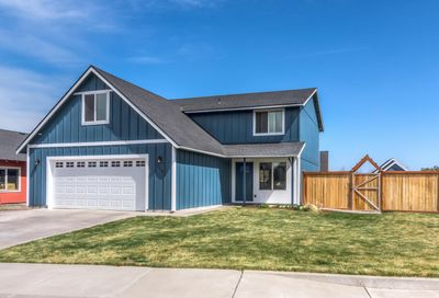 250 SW 25th Street Redmond OR 97756