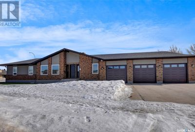 1 Flax RD Moose Jaw SK S6J1G3