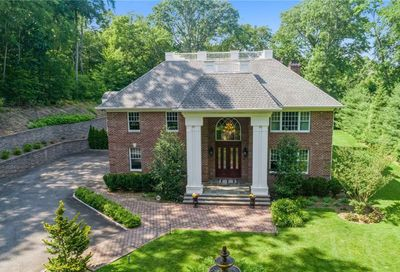 35 Northern Boulevard Oyster Bay Cove NY 11771