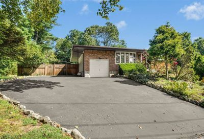 141 Wolf Hill Road Melville NY 11747
