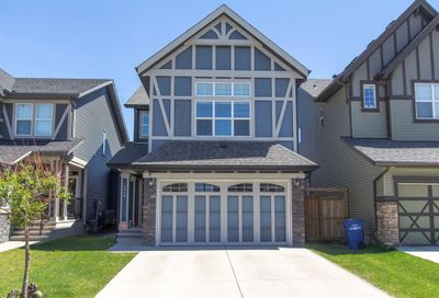 124 Kingsmere Cove Airdrie AB T4A0S5