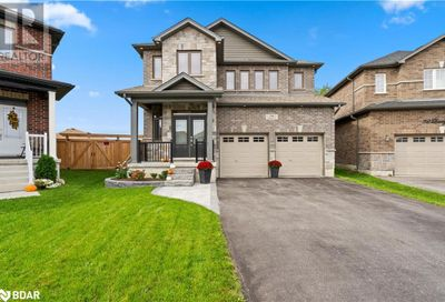 34 Lowry Court Barrie ON L4N0R2