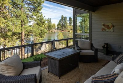 2602 NW Rippling River Court Bend OR 97703