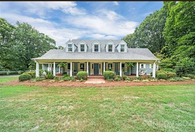 13321 Woody Point Road Charlotte NC 28278
