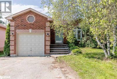 137 Athabaska Road Barrie ON L4N8E5