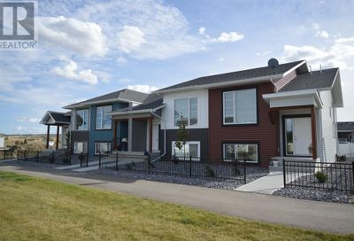46 Evergreen Way Red Deer AB T4P3E5