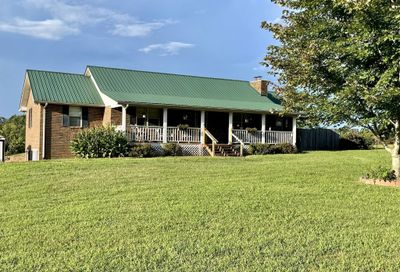 1631 Taylor Town Rd White Bluff TN 37187