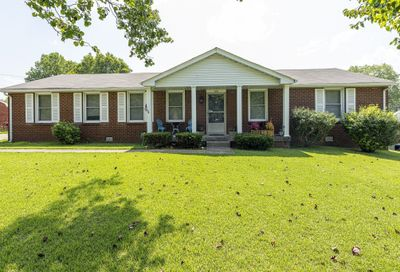 106 Lady Marion Dr Clarksville TN 37042