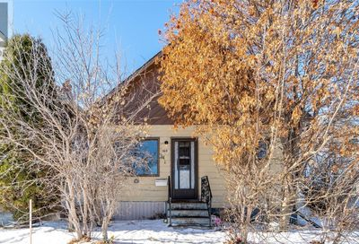 1214 WOLFE AVE Moose Jaw SK S6H6T8