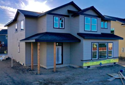 736 NW 27th Street Redmond OR 97756