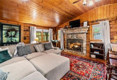 146 Spring Drive Maggie Valley NC 28751