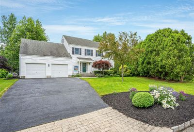 6 Musket Court Miller Place NY 11764