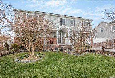 1 Rosewood Place Plainview NY 11803