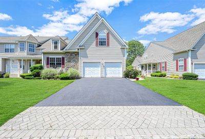 45 Meadow Pond Circle Miller Place NY 11764