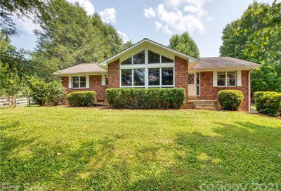 5344 Crabtree Mountain Road Clyde NC 28721