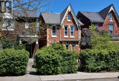 83 Clinton Street Toronto ON M6G2Y4