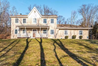 92 Restdale Road Chester NY 10918