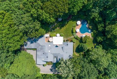 30 Laurel Cove Road Oyster Bay Cove NY 11771