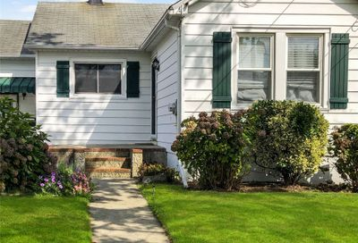 418 Lakeview Road Bellmore NY 11710