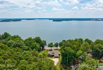 8383 Luckey Point Road Denver NC 28037