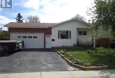 467 Russel CRES Swift Current SK S9H4S7