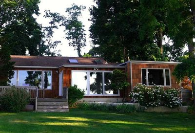 154 Waterview Street Northport NY 11768